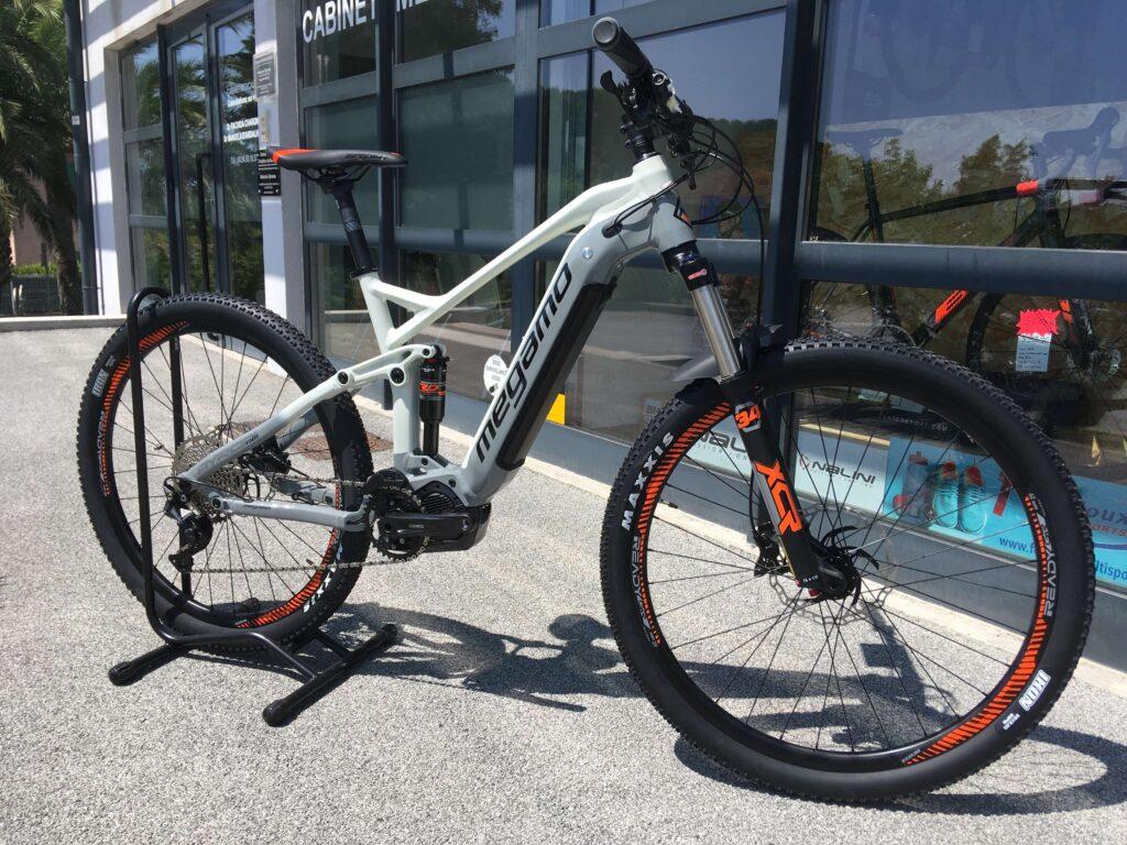 Vélos électriques à la vente